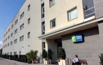 Hotel Holiday Inn Express Málaga Airport, the nearest.